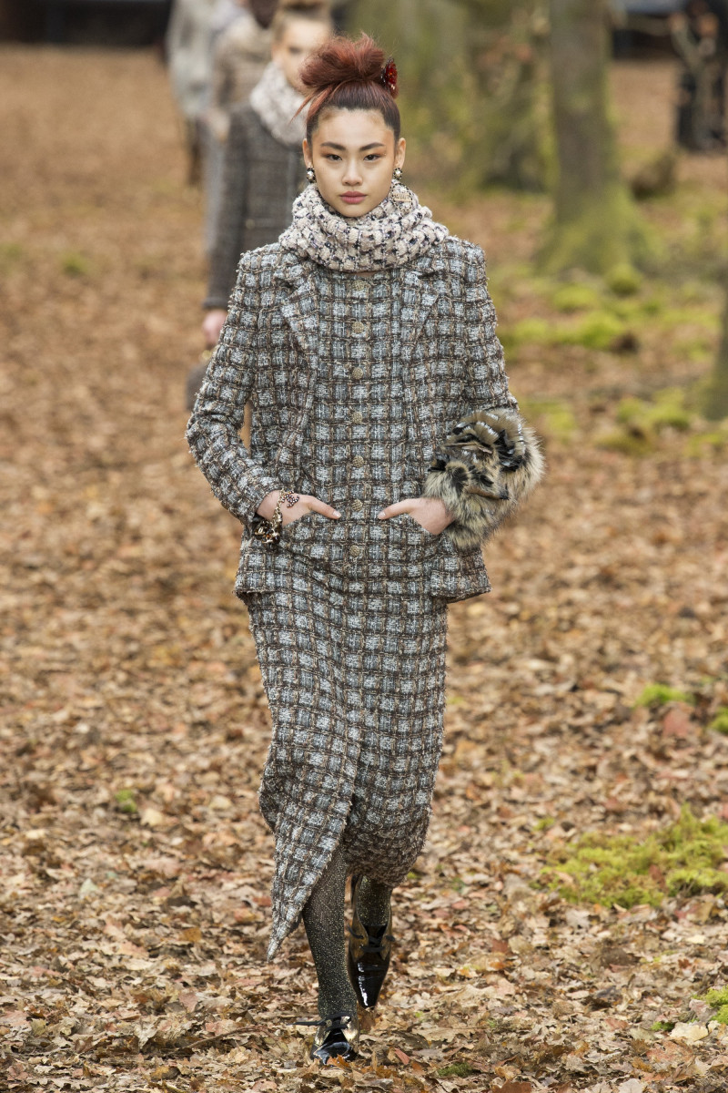 Chanel-Fall-2018-Ready-to-Wear.jpg